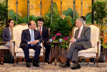 vietnam singapore satisfied with thriving relations