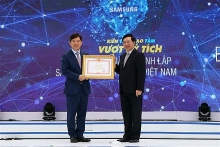 samsung electronics vietnams 10th anniversary marked