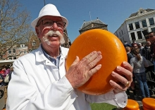 dutch cheesemakers worry about us tariffs