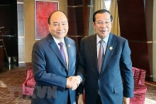 pm meets cambodian counterpart on belt road forum sidelines
