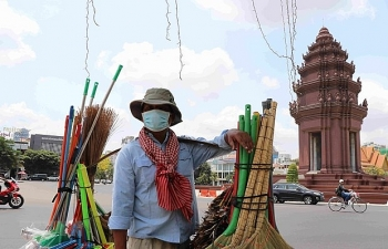 wb cambodias economy to slow down due to covid 19