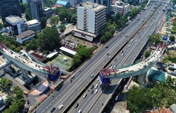 adb projects indonesias economic growth at 25 percent