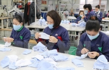 garment producers find way to weather crisis