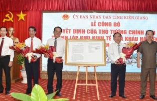 ha tien border gate economic zone established