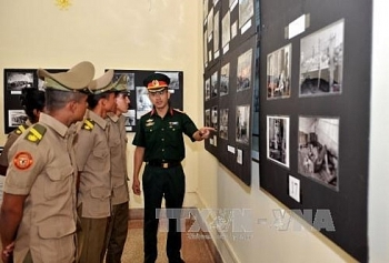 exhibition on vietnams reunification day held in cuba