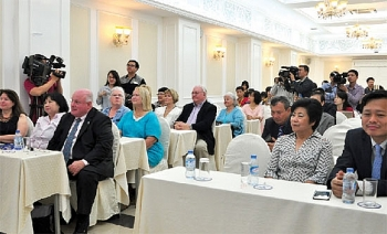 us vietnamese travel agents ink cooperation deal