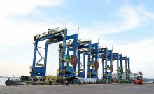 doosan vietnam exports first rubber tyred cranes to india