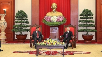 vietnamese party chief receives lprp organisation commission officials
