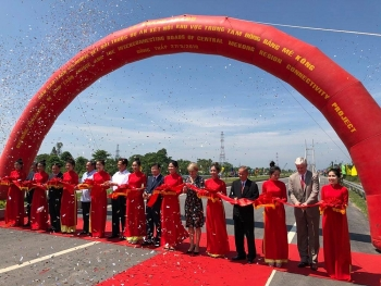 cao lanh friendship bridge officially opens
