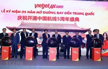 vietjet air marks fifth anniversary of air service to china