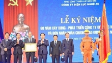 nghe an power company receives second class labor medal