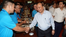pm nguyen xuan phuc speaks of highly skilled workers role
