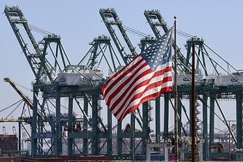 us to raise tariffs on 200 billion of chinese goods up to 25 percent