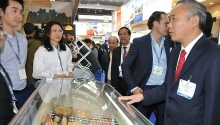vietnams seafood promoted in brussels expo