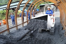 vinacomin produces nearly 15 million tonnes of coal in four months
