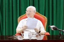 party chief president nguyen phu trong chairs key officials meeting