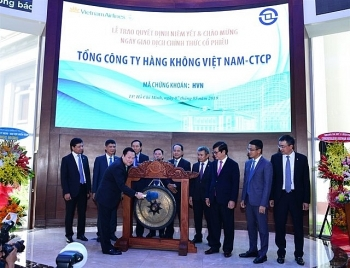vietnam airlines officially lists shares on hose