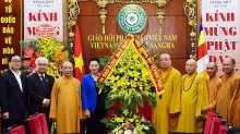 parliament leader congratulates buddhist sangha on vesak success