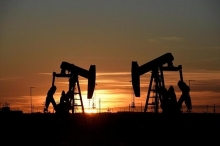 oil prices rise more than 1 as middle east conflict persists