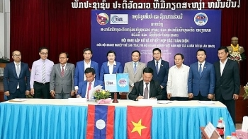 vietnam laos seek to boost connection between businesses