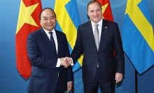 vietnamese swedish pms hold talks
