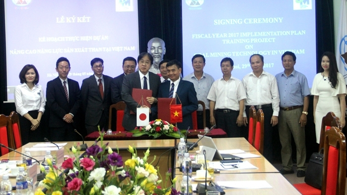 vinacomin cooperates with japan to improve production capacity