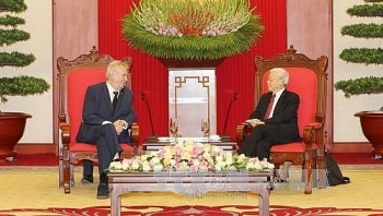 party leader urges stronger collaboration between vn czech
