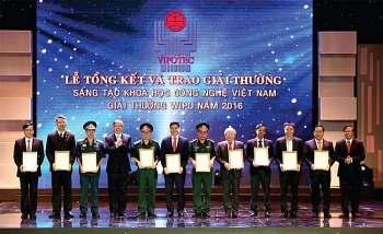 vietnam honors science and technology projects