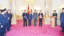 vietnam expects new japanese investment wave