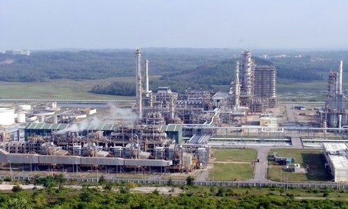 siam cement acquires 100 percent stake in petrochemical project