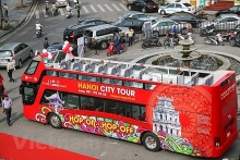 double decker city tour gains tourists favour