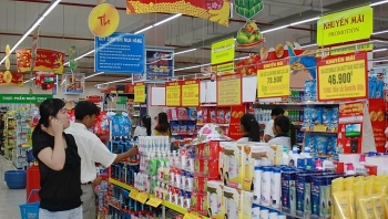total retail sales rise 116 percent in five months