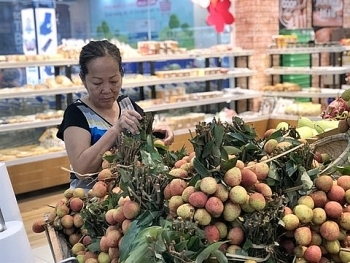 saigon coop takes northern lychees around the country
