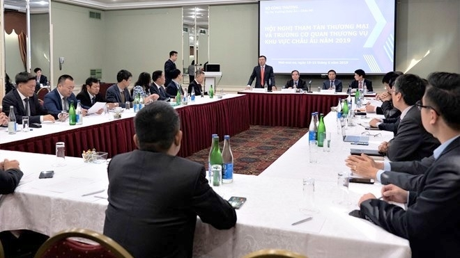 europe based vietnamese commercial counselors meet in moscow