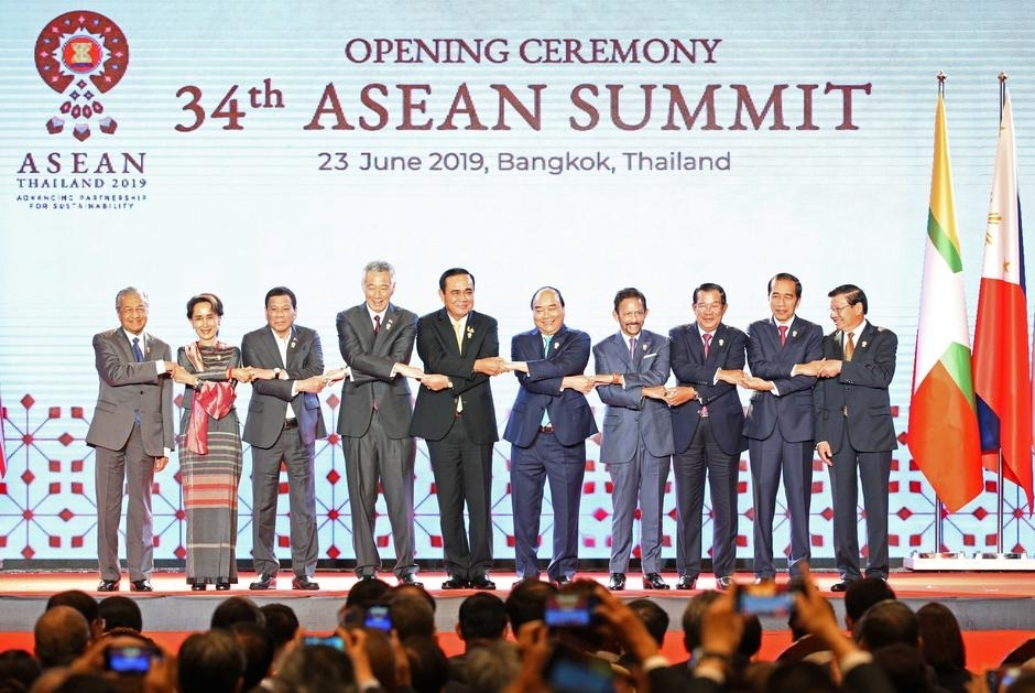 asean leaders support rcep negotiations be concluded within 2019