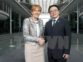vietnamese german parties hold sixth dialogue in berlin