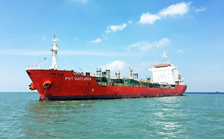 pv trans receives a large oil tanker