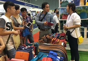 shoes leather exhibition opens in hcm city
