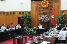 pm holds first meeting with economic advisory group