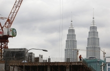 global trade tension threatens malaysias growth prospect