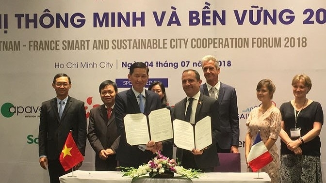 vietnam france cooperate in building smart and sustainable cities