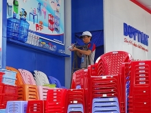 foreign firms eye vietnams plastics