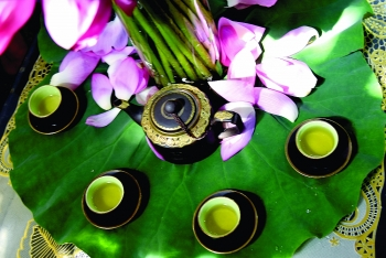 west lake lotus tea a cultural feature of hanoi
