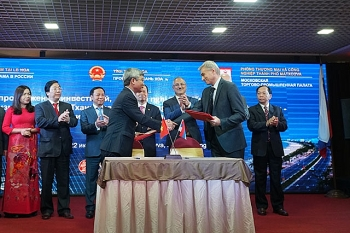 thanh hoa promotes investment trade tourism in russia