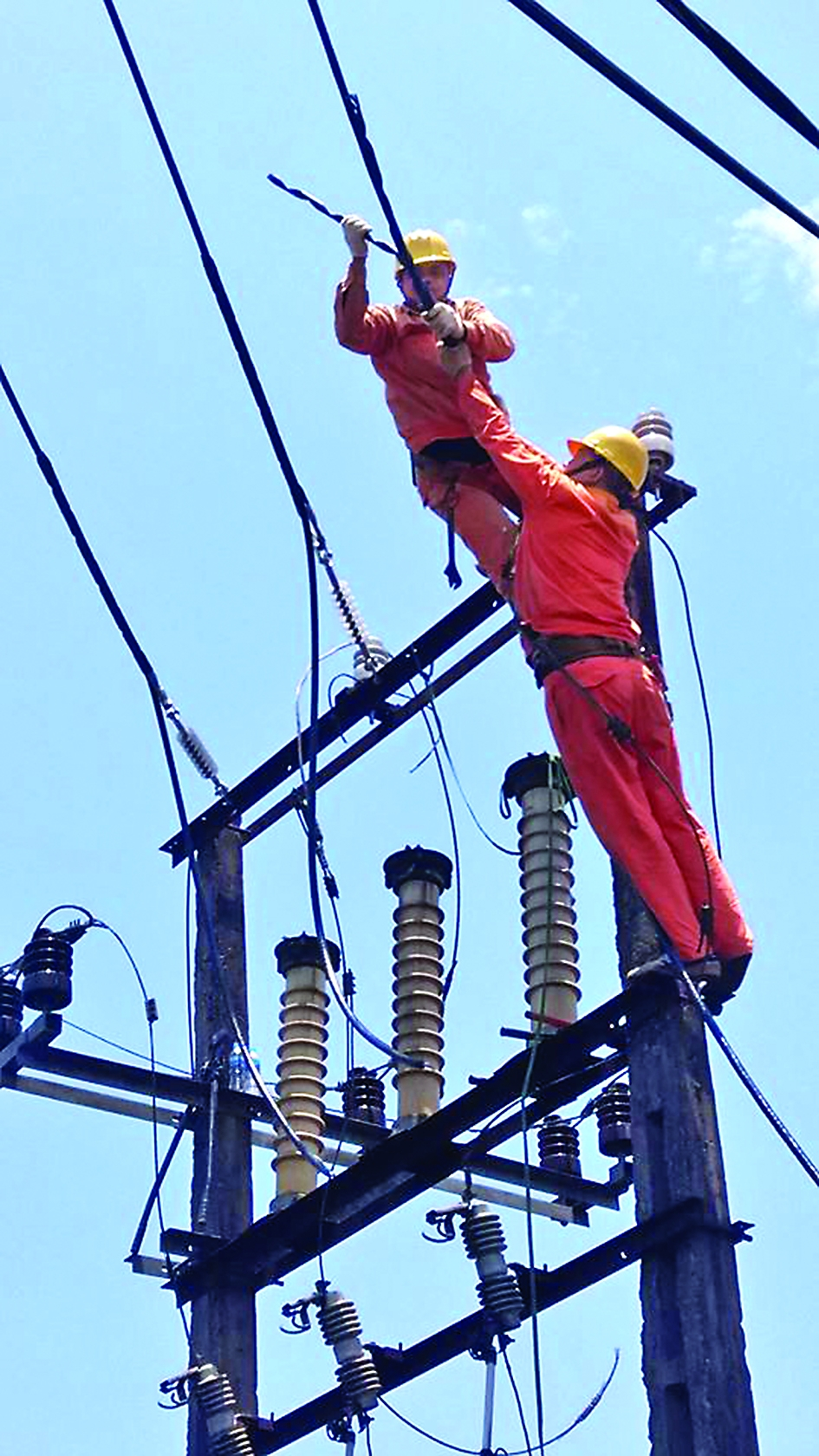 evn meets record power demand urges power saving
