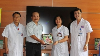 free books on cancer at k hospital