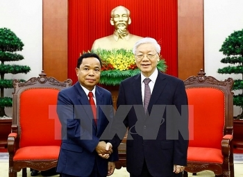 vietnamese party leader receives lao party office chief