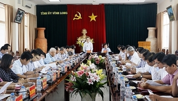 vinh long urged to accelerate agricultural restructuring