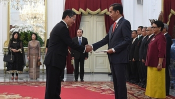 indonesian presidents vietnam visit expected to boost ties