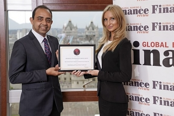 prudential finance honored for customer service